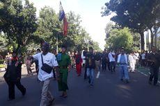 Massa Pendukung Anies Minta Demo Kontra-Anies Dibubarkan