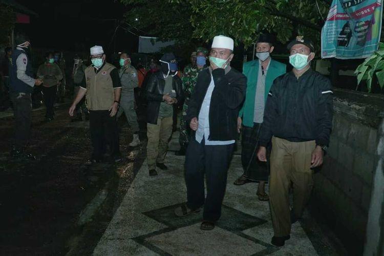 Saat Bupati Lombok Barat Fauzan Khalid mrndatangi masjid beri himbauwan Covid-19
