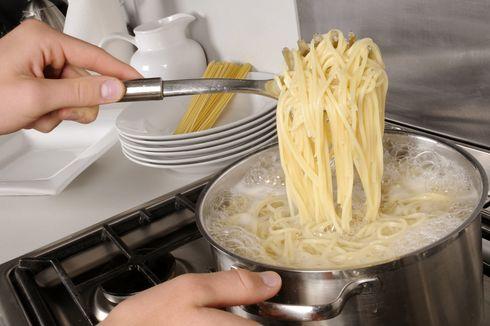 5 Kesalahan Saat Masak Pasta, Jangan Bilas Pasta Setelah Direbus