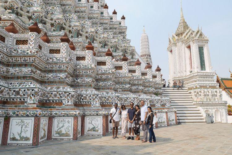 Wat Arun salah satu kuil ikonik di Bangkok, Thailand, Mingu (4/2/2018).