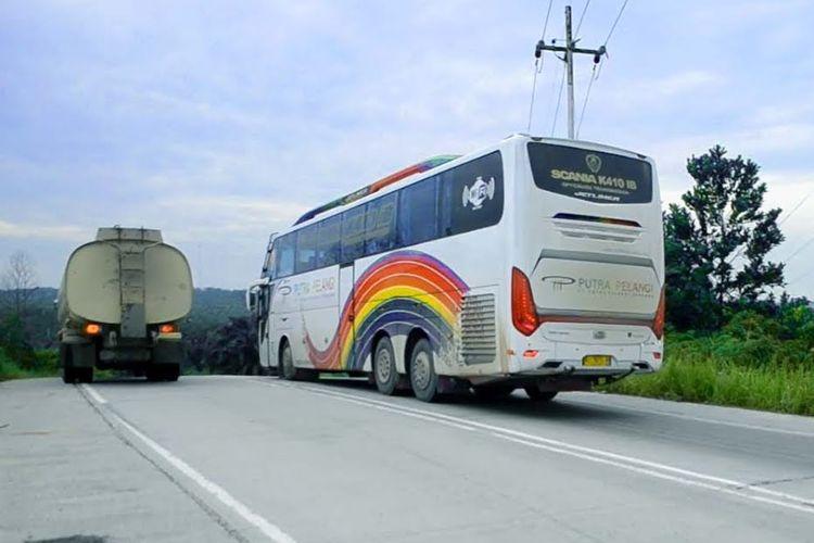 Bus AKAP Sumatra