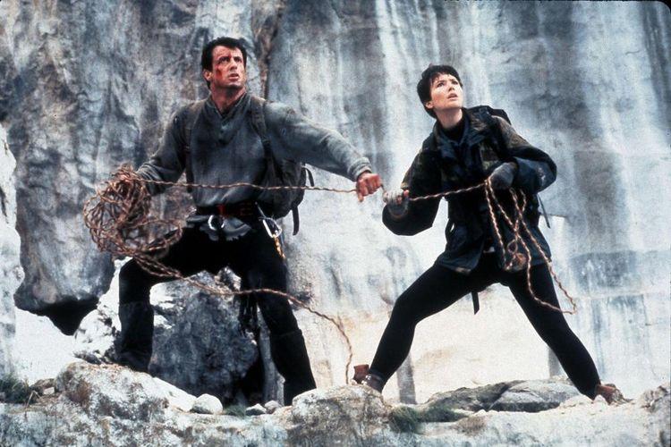 Sylvester Stallone dalam film Cliffhanger