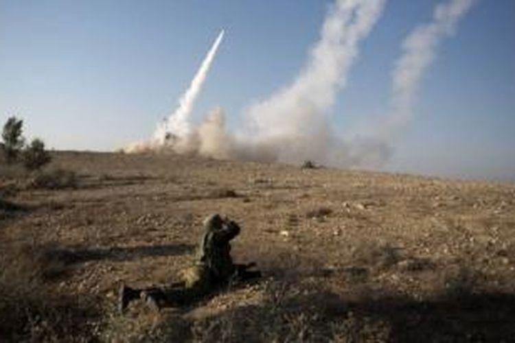 Sistem persenjataan penangkal rudal Iron Dome berhasil mencegat dan menghancurkan sebuah roket Grad yang ditembakkan dari Semenanjung Sinai menuju ke kota Eilat, Israel.