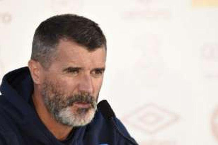 Asisten pelatih tim nasional Republik Irlandia, Roy Keane, menghadiri sesi konferensi pers di Stade Municipal, Versailles, pada 11 Juni 2016.