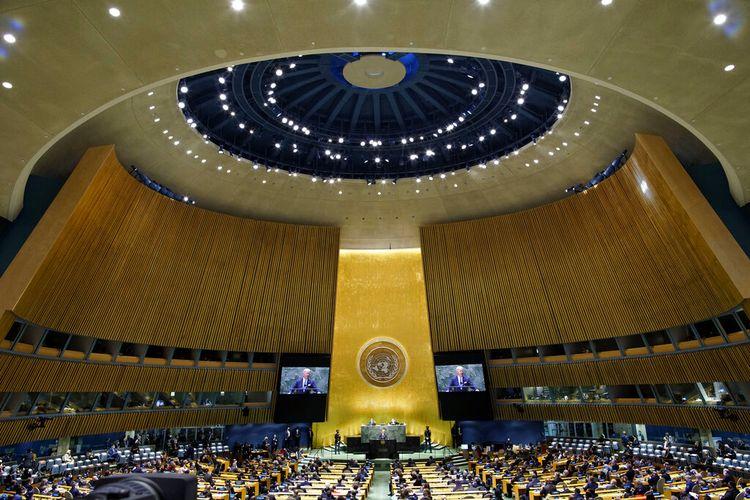 Presiden AS Joe Biden berpidato dalam Sidang Umum PBB ke-76 di markas besar PBB di New York, AS pada Selasa (21/9/2021).