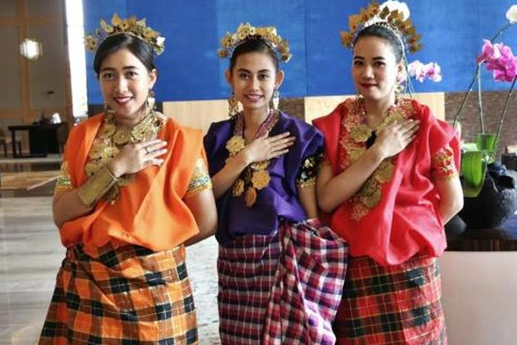 Baju Bodo Sulawesi Selatan