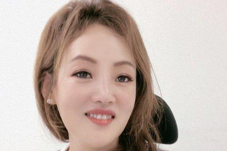 Kim Ji-young melarikan diri dari Korea Utara pada tahun 2012 bersama ibu dan tiga sepupunya.
