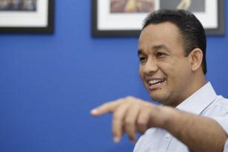 Anies Rasyid Baswedan dalam sesi wawancara saat berkunjung ke kantor redaksi Kompas.com, Palmerah, Jakarta, Rabu (29/1/2014). Anies Rasyid Baswedan merupakan salah satu peserta Konvensi Calon Presiden Partai Demokrat.