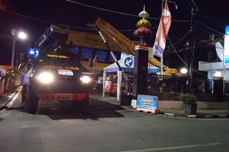 Patroli skala besar yang digelar polisi, TNI, dan Satpol PP di Kota Bandar Lampung, Jumat (23/7/2021).