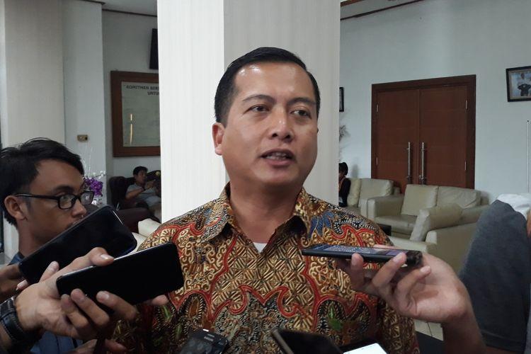Direktur Perlindungan WNI dan Badan Hukum Indonesia Kemlu Lalu Muhammad Iqbal di kantor KPU, Menteng, Jakarta Pusat, Selasa (2/4/2019).