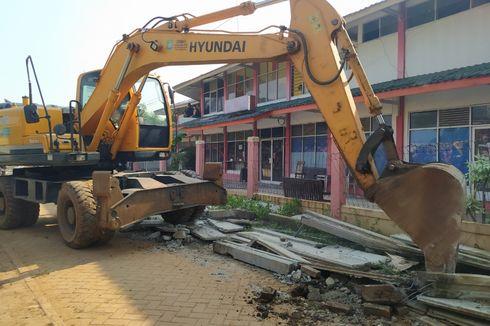 Tembok Penghalang Akses Rumah di Ciledug Dirobohkan, Penghuni Lega dan Janji Polisi Usut Pengacungan Golok