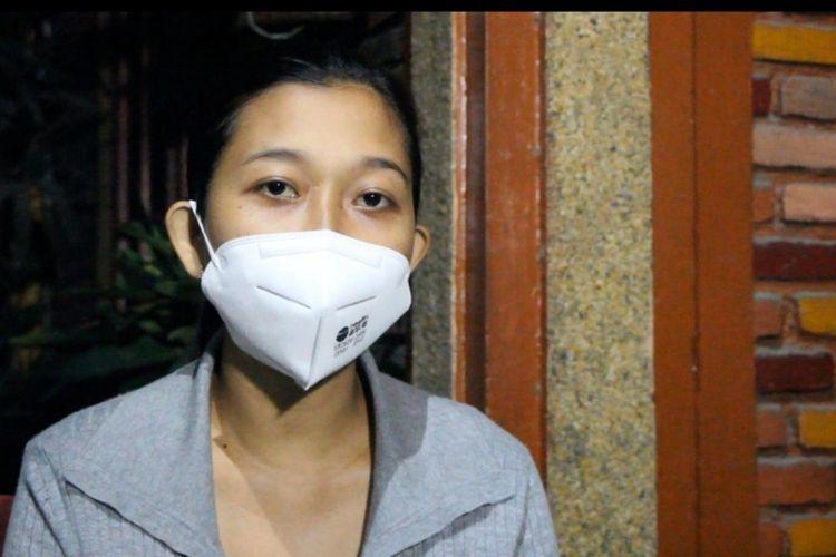 I Gusti Ayu Arianti(23), warga Lingkungan Pajang, Kelurahan Pejanggik, Kota Mataram, mengaku kecewa karena lambannya penanganan pihak RSAD Wira Bhakti Kota Mataram, yang memintanya rapid tes saat hendak melahirkan.