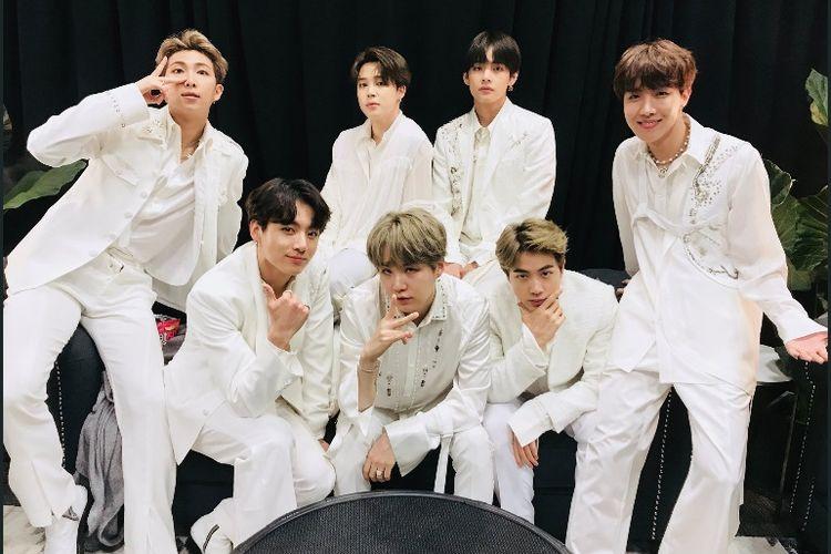 Boyband BTS menggelar konser Love Yourself: Speak Yourself di MetLife Stadium, New Jersey, Minggu (19/5/2019).