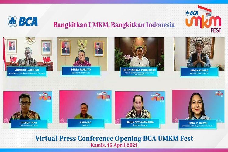 BCA Menggelar BCA UMKM Fest 2021 -  BCA UMKM Fest dilaksanakan mulai 16 April hingga 8 Mei 2021 di laman umkmfest.bca.co.id. Untuk membuka gelaran tersebut, hari ini terselenggara virtual press conference yang dihadiri secara virtual oleh (atas kiri-kanan) Ketua Dewan Komisioner OJK Wimboh, Gubernur Bank Indonesia Perry Warjiyo, Menteri Koordinator Bidang Kemaritiman Luhut Binsar Pandjaitan, Anggota Komisi XI DPR RI Indah Kurnia, beserta (bawah, kiri-kanan) EVP Commercial & SME BCA sekaligus Ketua Panitia BCA UMKM Fest Freddy Iman, Direktur BCA Santoso, Presiden Direktur BCA Jahja Setiaatmadja dan EVP Secretariat & Corporate Communication BCA Hera F. Haryn yang bertindak sebagai moderator, pada Kamis (15/04).