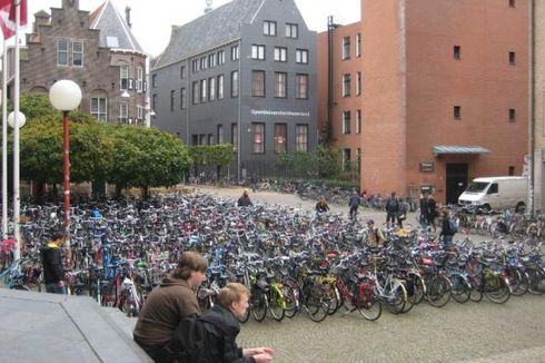 Kesiapan Bahasa dan Adaptasi Sebelum Studi di Belanda
