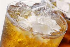 Efek Kebiasaan Mengunyah Es Batu pada Gigi