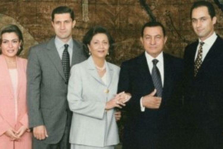 Pemerintah Mesir mengatakan kekayan mantan pemimpin Mesir Hosni Mubarak dan keluarganya mencapai nilai Rp 12 triliun.