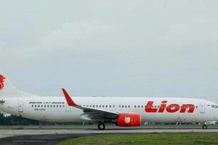 Ilustrasi. Pesawat Boeing 737-900ER milik maskapai penerbangan Lion Air.