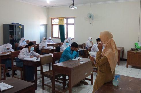 Bukan Hanya Siswa, Ada Beasiswa untuk Guru SMK dan Dosen Vokasi