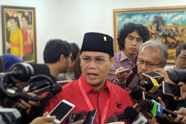 Wasekjen PDI-P Ahmad Basarah di Kantor DPP PDI-P, Jakarta, Sabtu (1/9/2018).