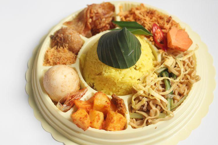 Ilustrasi nasi tumpeng mini atau nasi kuning.