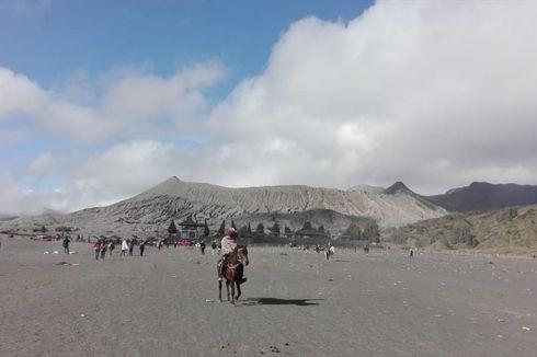 Gunung Bromo Erupsi, Wisatawan Dilarang Mendekat ke Kawah