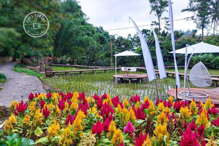 Tempat wisata bernama Kopi Tubing di Kabupaten Bogor yang memungkinkan wisatawan untuk melakukan kegiatan river tubing (dok. Instagram Kopi Tubing).