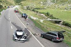 Tabrakan Bugatti, Porsche, dan Mercy di Gunung, Kerugian Capai Rp 58 Miliar