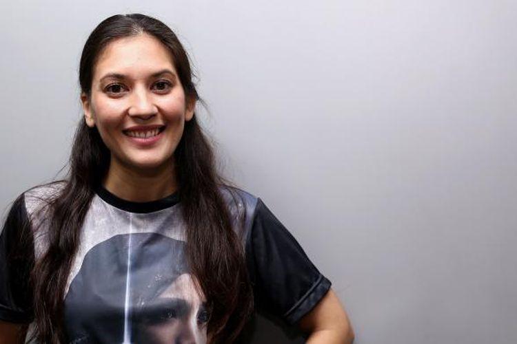 Hannah Al Rashid saat berpose untuk promosi film Bulan Terbelah di Langit Amerika 2 di Gedung Kompas Gramedia, Palmerah Selatan, Jakarta Pusat, Senin (21/11/2016).