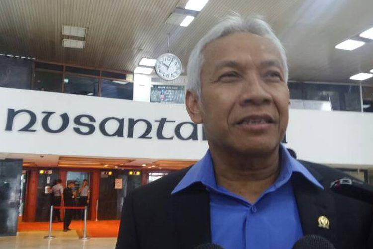 Wakil Ketua DPR RI Agus Hermanto di Kompleks Parlemen, Senayan, Jakarta, Kamis (22/6/2017).