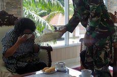 Tangis Penjaja Minuman Mengetahui Putranya Raih Adhi Makayasa dari Presiden: Semua Anak Papua Pasti Bisa