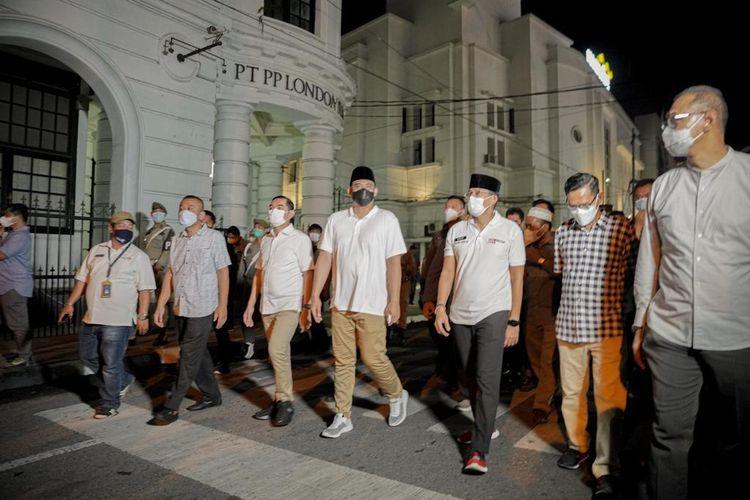 Sandiaga Uno saat mengunjungi Kawasan Heritage Kesawan di Kota Medan.