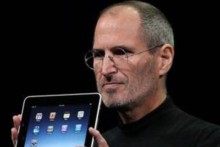 Steve Jobs ketika memperkenalkan iPad, Januari 2010
