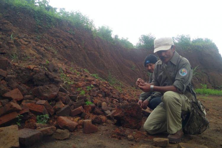 Lokasi ditemukannya situs purbakala diduga rumah masa Kerajaan Majapahit di Sekarpuro, Kecamatan Pakis, Kabupaten Malang.