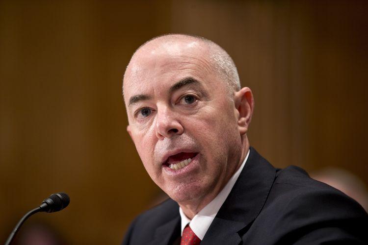 Alejandro Myorgas dalam kesaksiannya pada 25 Juli 2013 di Capitol Hill, Washington DC.