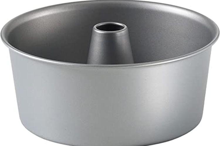 Angle food pan atau loyang untuk membuat kue angle food dan bundt.