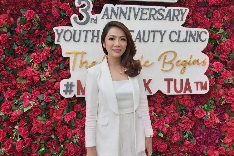 Dokter Gaby Syerly, pendiri Youth & Beauty Clinic Jakarta.