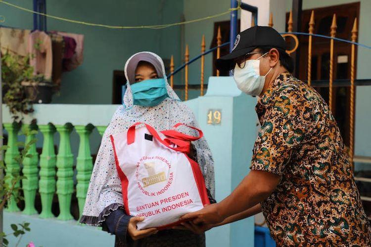 Masyarakat penerima bantuan sembako