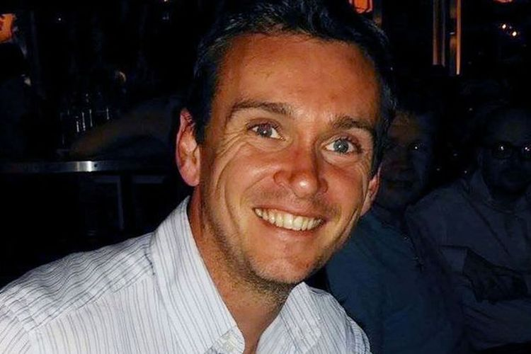 James Nash digambarkan sebagai individu yang baik hati dan merupakan anggota dewan paroki yang proaktif.