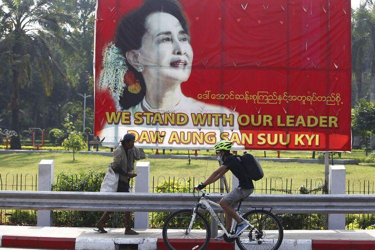 Penolakan Komisi Pemilihan Myanmar atas tuduhan penipuan dari pihak militer berperan penting dalam penentuan hasil pemilihan November, yang memberikan kemenangan telak bagi partai berkuasa Aung San Suu Kyi.