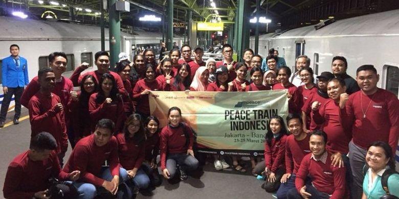 Program Peace Train Indonesia awal mula digelar pada 2017 di kota Semarang, dan terakhir kali ? yaitu ke-12 ? dilangsungkan di kota Salatiga, pertengahan Maret 2021 lalu.