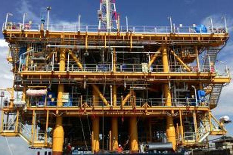 Platforms atau anjungan lepas pantai  milik TEPI berada di lapangan gas Jempang dan Metulang. Rig pengeboran gas akan masuk ke sini pada 21 April 2015. Jempang dan Metulang merupakan proyek ketiga TEPI di South Mahakam. Anjungan ini terdiri di tengah laut yang jaraknya 35 Km dari Balikpapan
