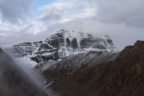 Gunung Kailash, Rumah Dewa Siwa dan Puncak Paling Misterius di Dunia