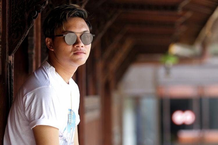 Rizky Febian berpose seusai mempromosikan film Hongkong Kasarung, di Kompas.com, Palmerah, Jakarta, Rabu (7/3/2018).