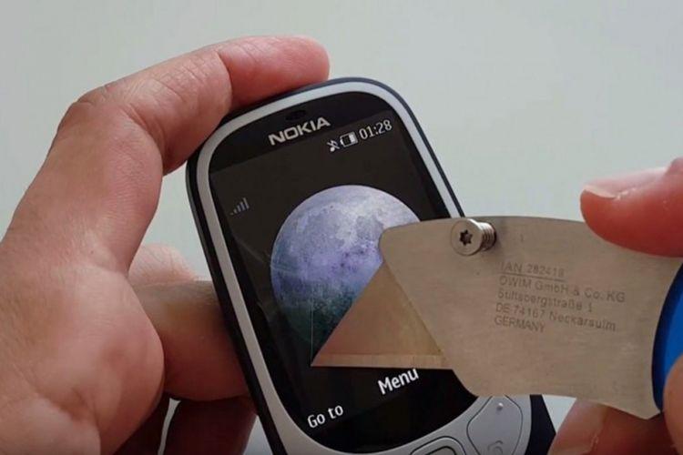 Potongan video penyiksaan Nokia 3310 reborn.