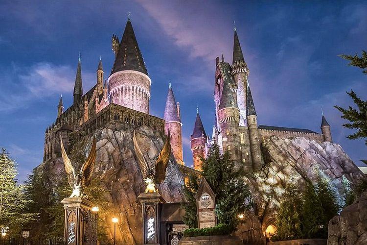Kastil Harry Potter di Universals Islands of Adventure, Orlando, Florida, AS