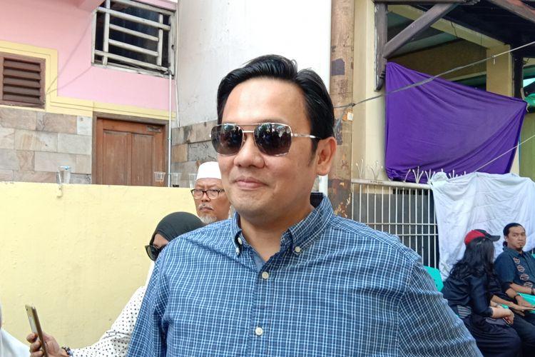 Farhat Abbas mendatangi rumah duka mendiang Dian Pramana Poetra di Jalan Tebet Barat, Jakarta Selatan, Jumat (28/12/2018).