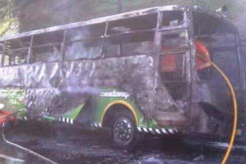 Bus Pemudik Terbakar di Tol Purbaleunyi