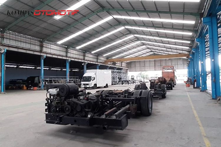 Pabrik bus listrik MAB di Demak, Jawa Tengah.