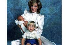 "Semasa Hidup, Putri Diana Selalu Kenakan ""Eyeliner"" Warna Biru"